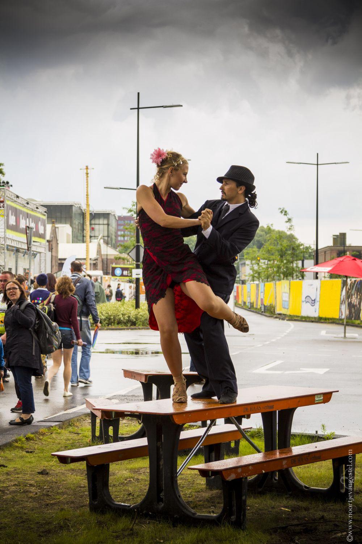 tango_1web