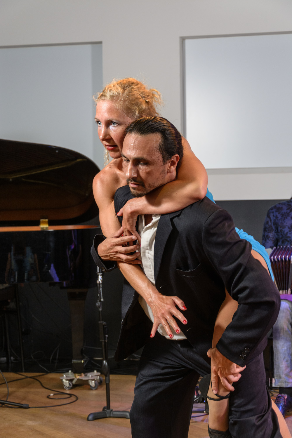 Verlangen door Tango Now & Trasnoche Trio 9