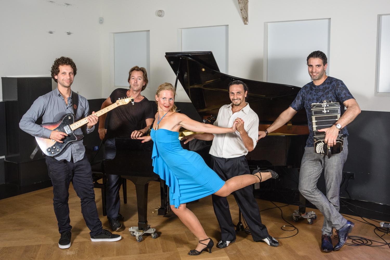 Verlangen door Tango Now & Trasnoche Trio 10